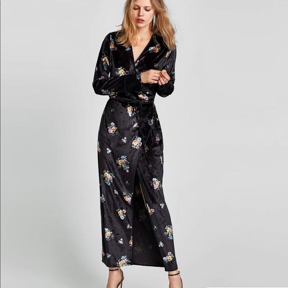 b79b9ad71b9 Zara velvet floral kimono wrap dress